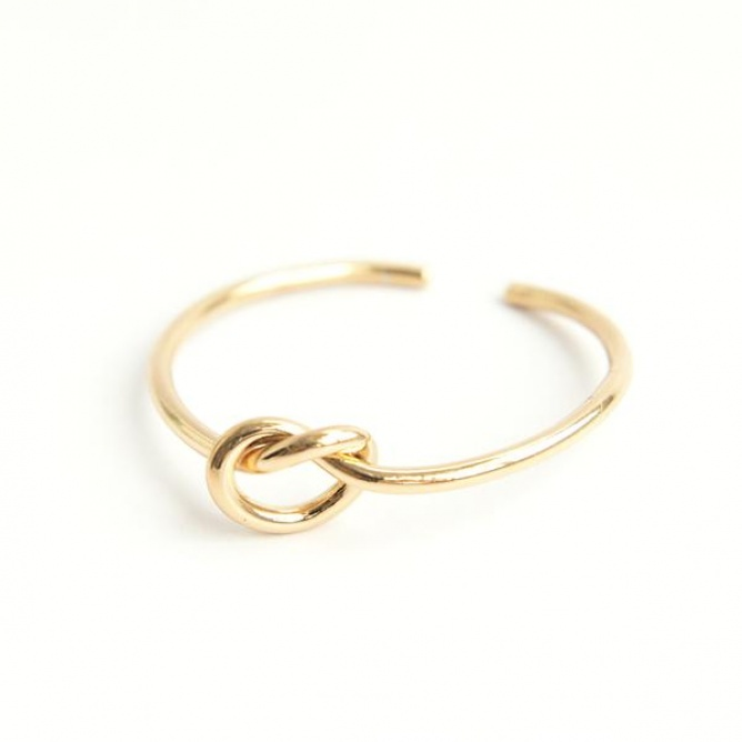 Narukvica-Knot-(Gold)-c.jpg